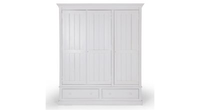 Louise Antique White Cupboard Flamant
