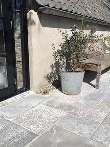 Raw Stones Exterior Abbey Stone